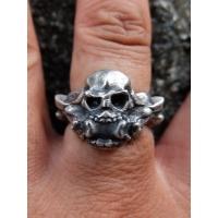 29-Skull Ring