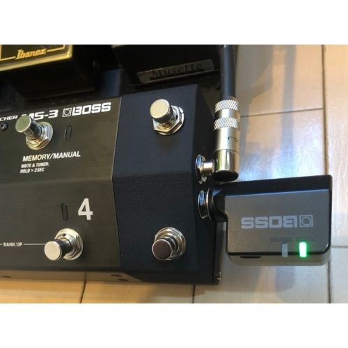 BOSS MS-3 ジャンクション&フットスイッチ IN&OUT/右置き