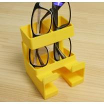 メガネ2本とスマホ2台置き場