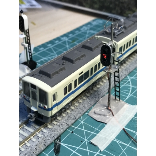 Nゲージ鉄道模型用4灯信号機16連(点灯化用)第1次改良品