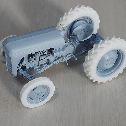 ファーガソンTE-20トラクタータイヤセット.stl